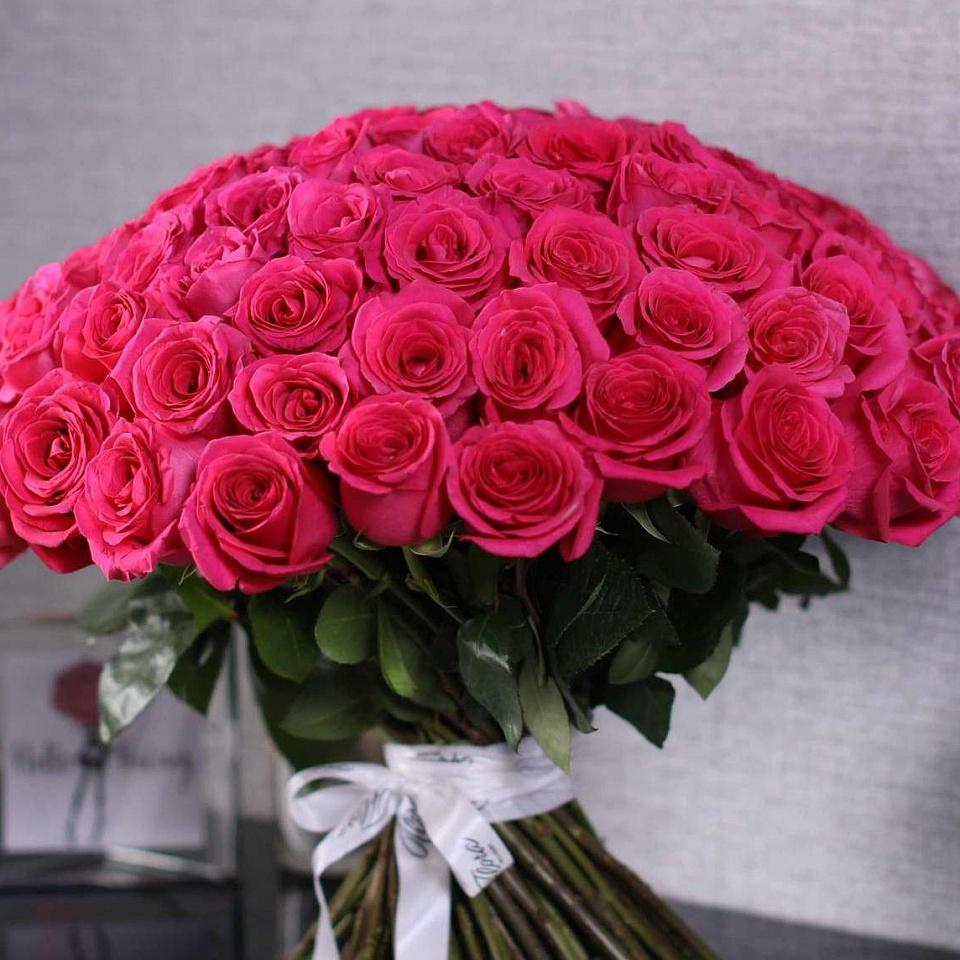 чернением малиновые розы фото букеты жизнь всегда